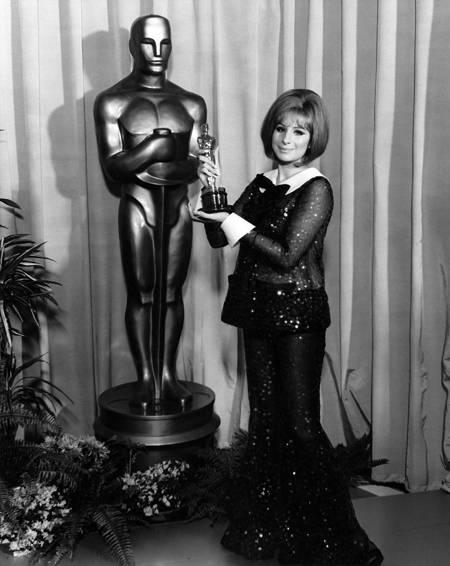 Oscar Fashion Photo Contest -- Update 1 (2/6)